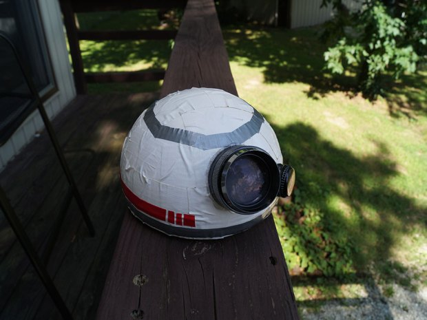 Build a Cheap and Simple Star Wars BB-8 Puppet