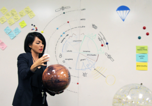 Jessie Kawata helps astrophysicists learn the vocabulary of design.