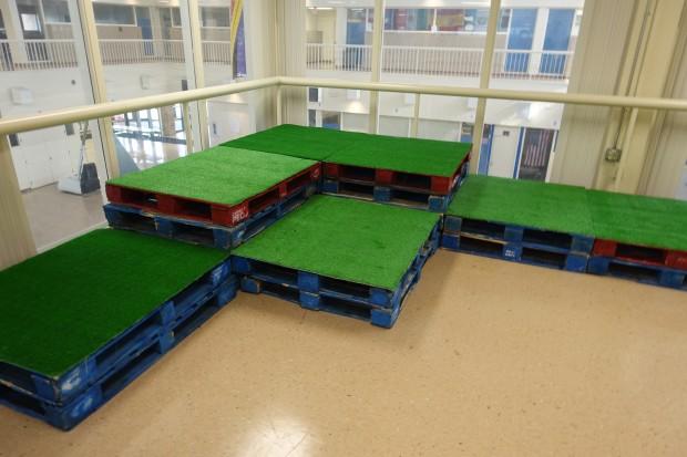 Platform made out of pallets