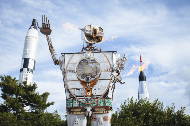 Robot Resurrection by Shane Evans with Rockets (photo: Becca Henry)