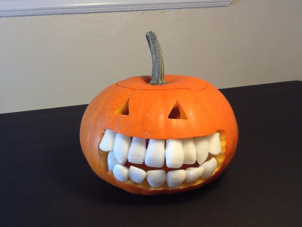 Dr_ice's Realistic Pumpkin Teeth are not only funny, they may attract dentists who want to place braces on them.