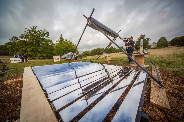 This DIY Solar-Powered Steam Generator Can Reach 250 Celsius