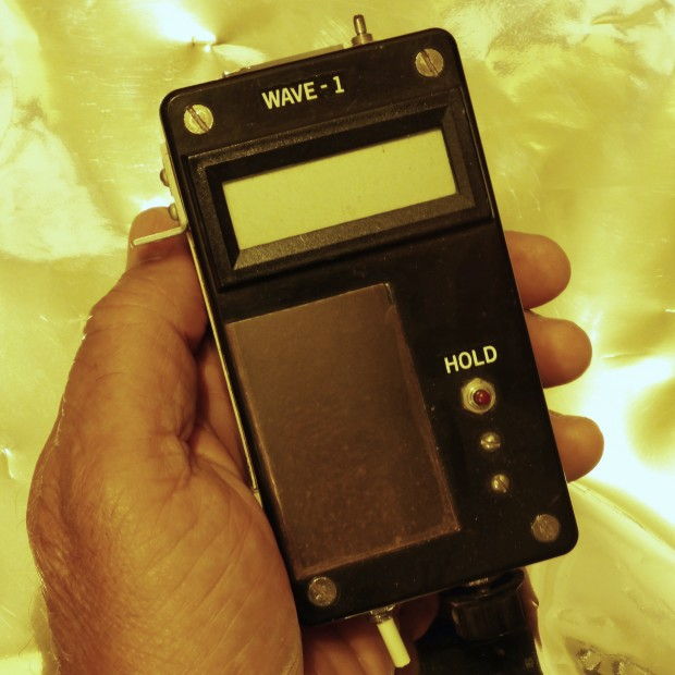 Near-infrared hygrometer used on the Chicago flight whose captain choked me.