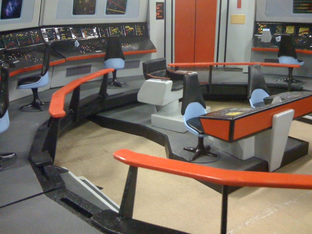 Dad Builds Epic Star Trek Playset for His Son