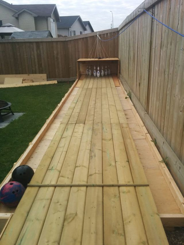 Build your own backyard bowling alley make diy backyard bowling alley3 solutioingenieria Images