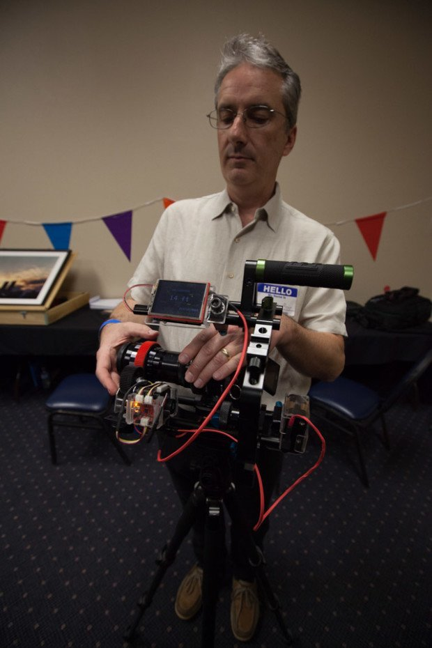 """Markus Houy: https://www.flickr.com/photos/markushouy/8519585193/in/dateposted-public/ """"Markus Houy and his 'Cinemascope' camera rig — Photo by Julian Kilker"""""""