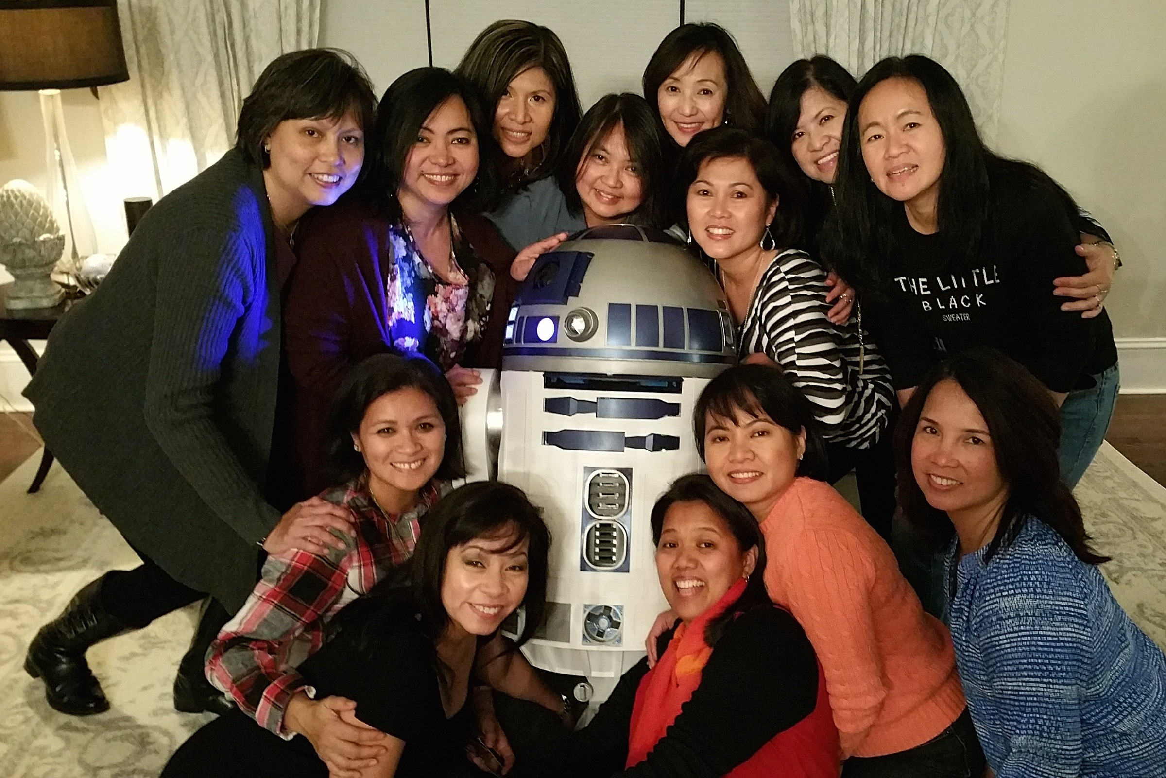 Heres My Wife Maricel And Her Friends The Usual Scene At My House When Friends Come To Visit