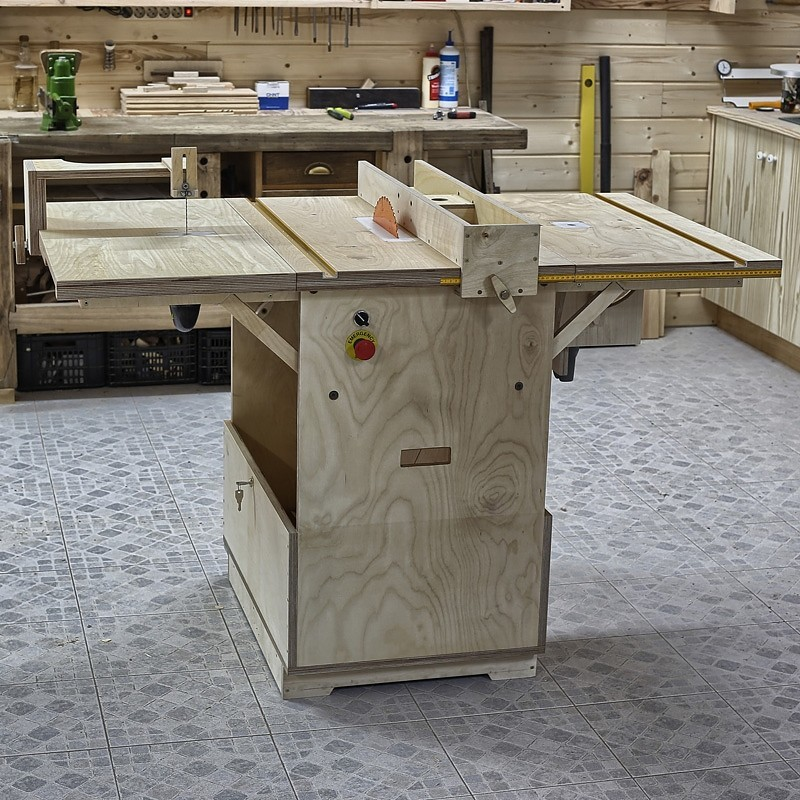 Watch How to Design and Construct a Portable, Folding Workbench
