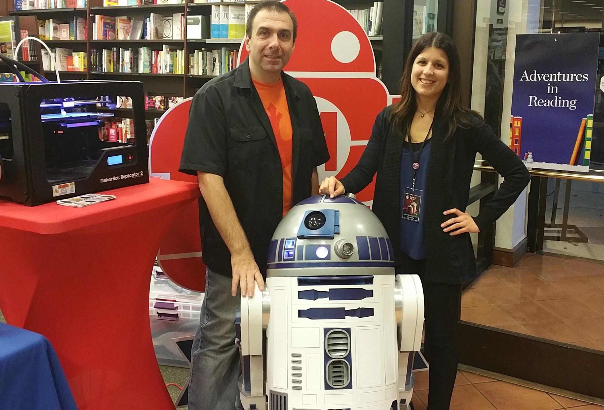 Barnes & Noble Mini Maker Faire Coming to a Store Near You!