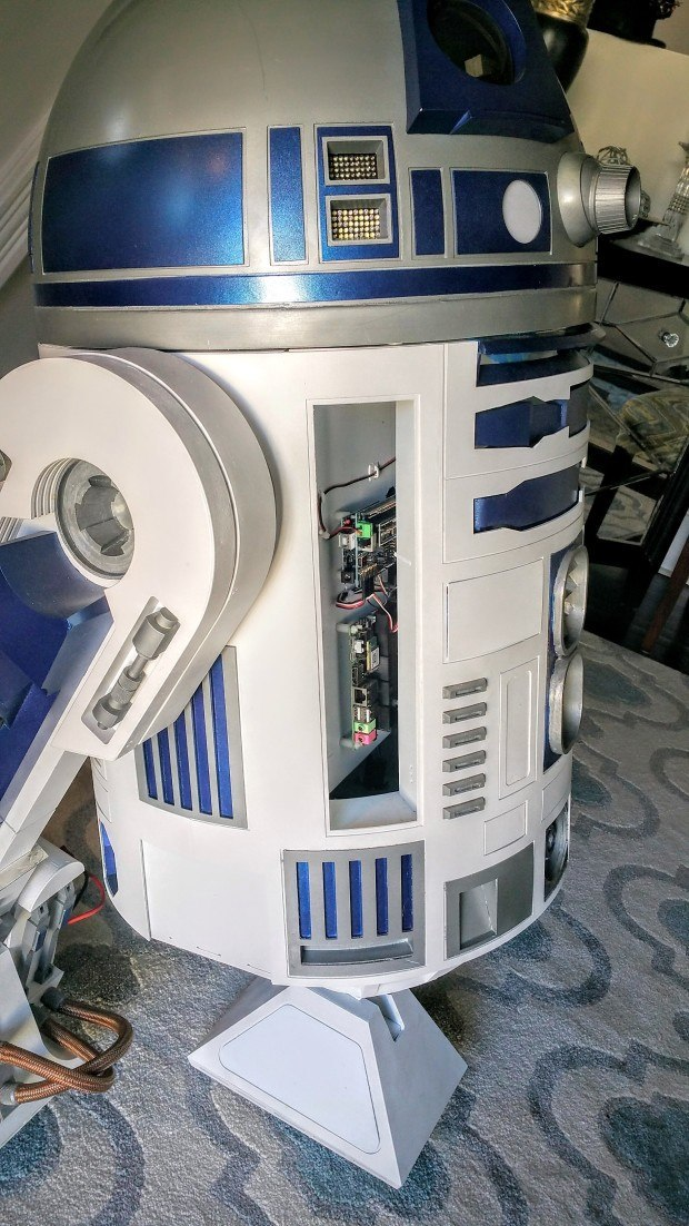 Using R2's doors to access the electronics helps avoid having to take is dome off to make adjustments.