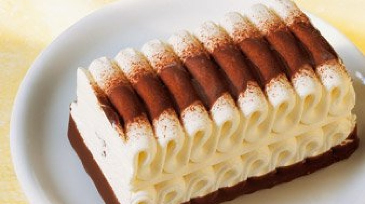 How It's Made: Deliciously Rippled Viennetta Ice Cream | Make: