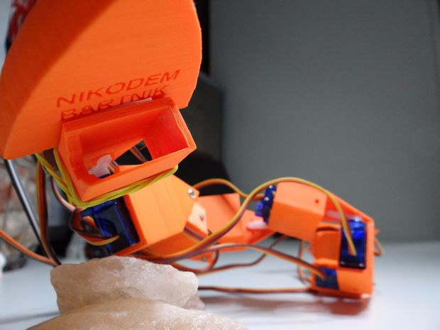 Let This 3D Printed Robosnake Wiggle Its Way into Your Heart