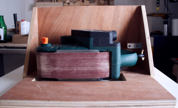 Humus-Workshop---Make-a-Belt-Sander-Stand---2