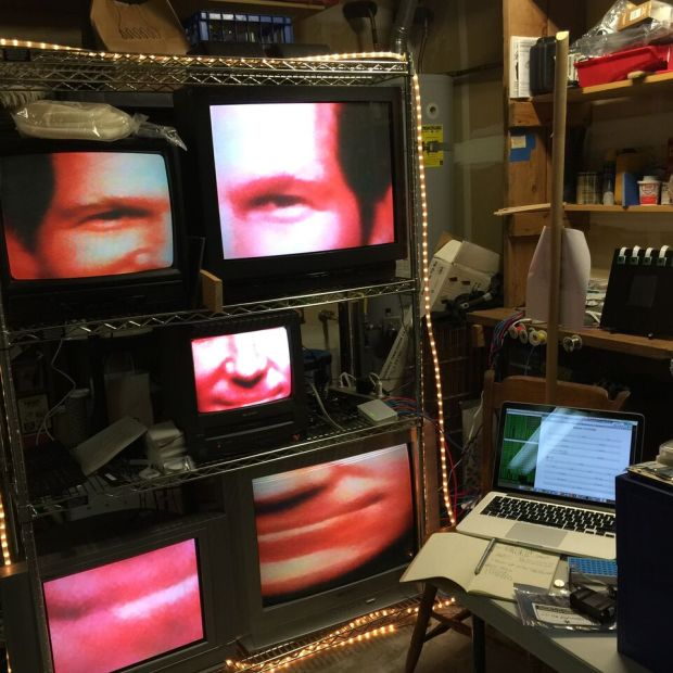 Jeremy Noonan's Wizard Wall tasks five RPis and Pi cameras to segment a different part of a user's face to five separate monitors for one big image collage.