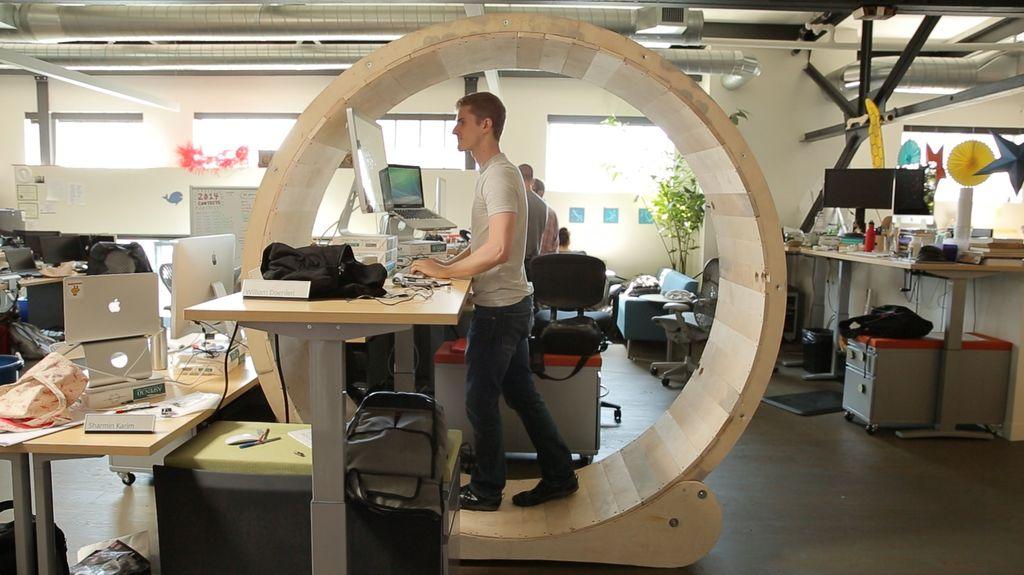 7 diy standing desks for fine tuning your ergonomics make rh makezine com homemade standing desk conversion homemade standing desk converter
