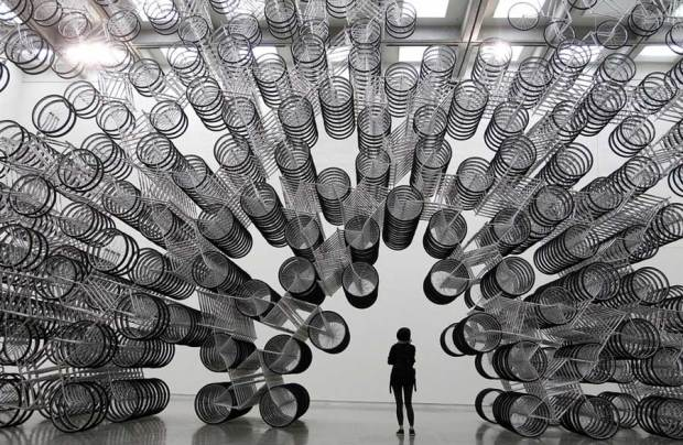 forever-bicycles-art-sculpture