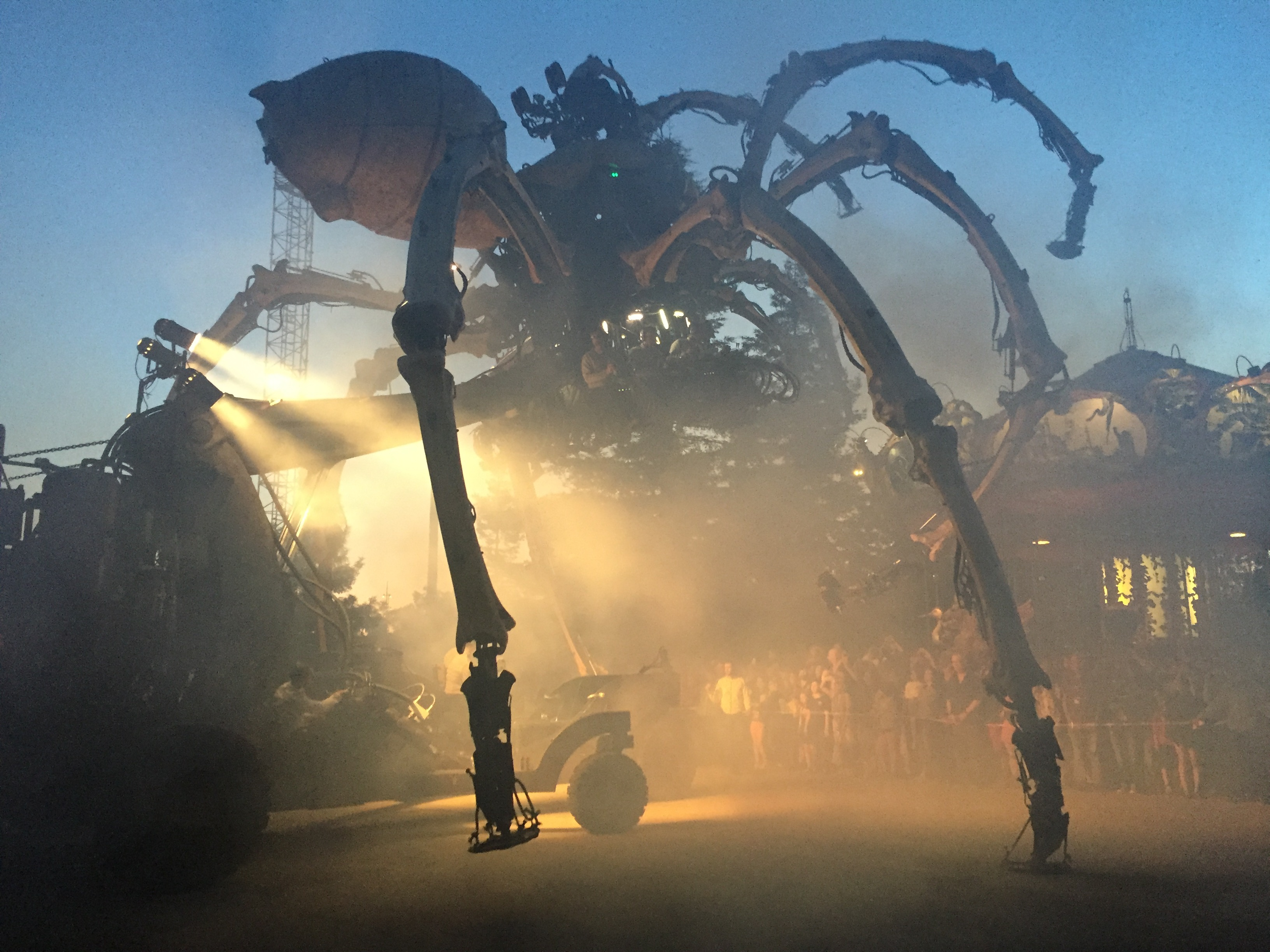 The Giant Spider Awakes in Nantes