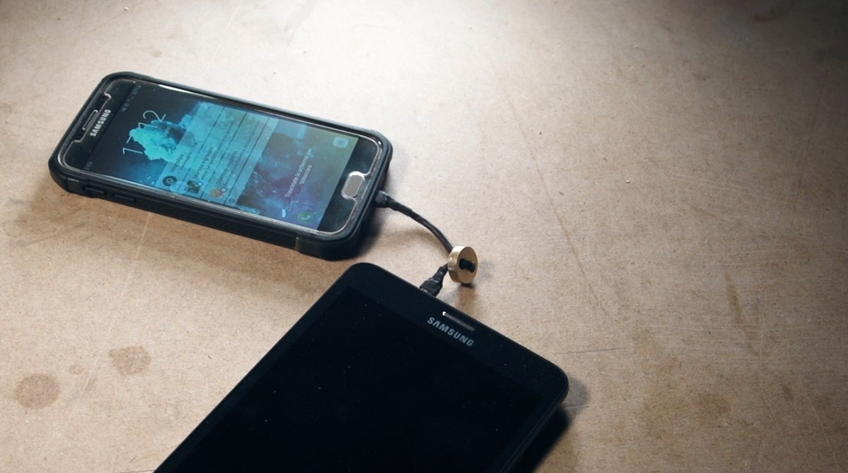 Charge One Phone from Another with a Custom USB On-The-Go Keychain