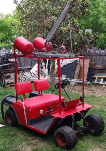 """The NoMobile is a flame effect cart sporting a 100lb propane cylinder, 100psi regulator, two 7.5gal accumulators, and a 1.25"""" valve and vent. It shoots 30'x15' fireballs. It's been to Maker Faire Austin and Burning Flipside."""