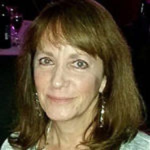 Julie Sawyer