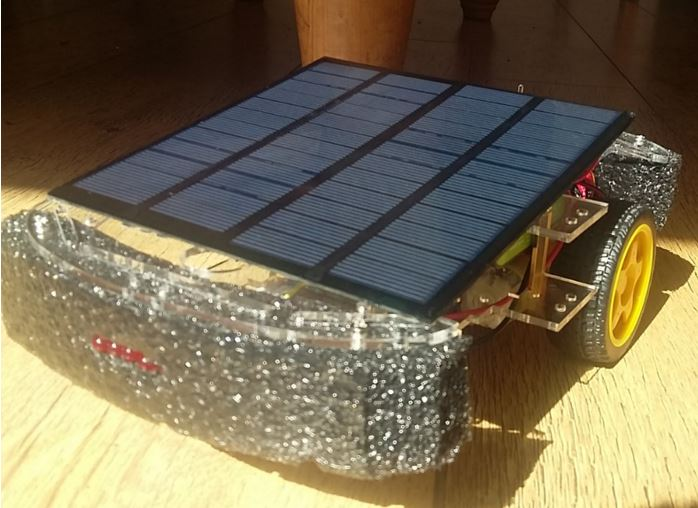 This Solar-Powered Rover Takes Voice Commands from a Pebble Smartwatch