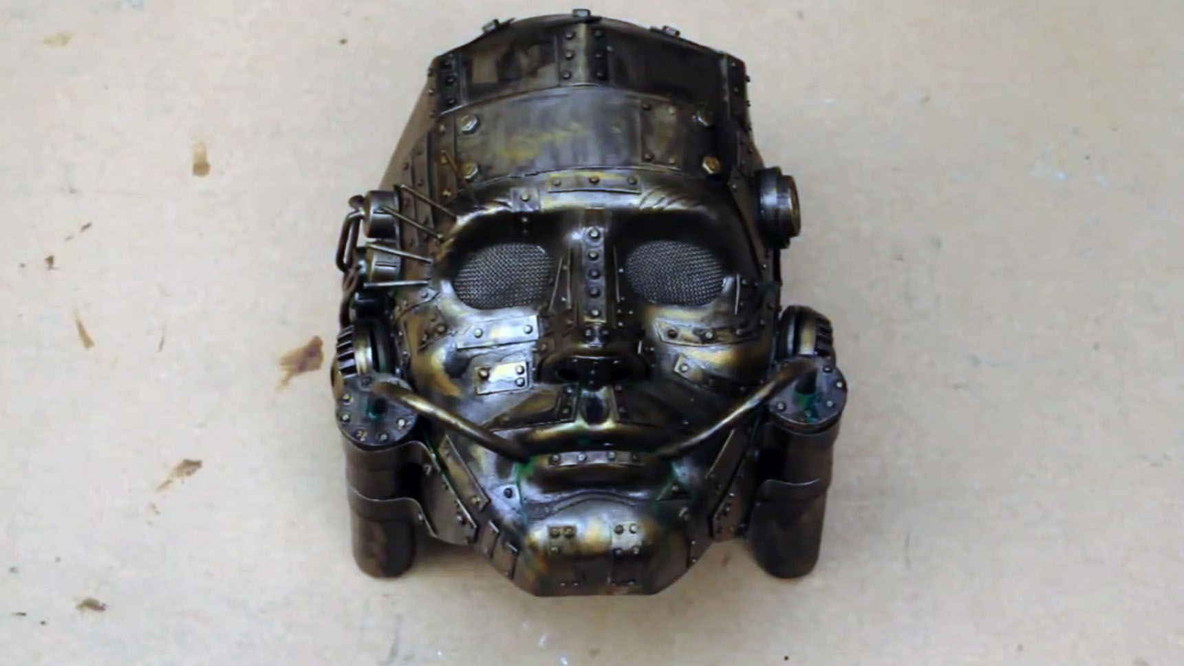 """Weekend Watch: Steampunk Prop Building with """"It's a Trap!"""""""