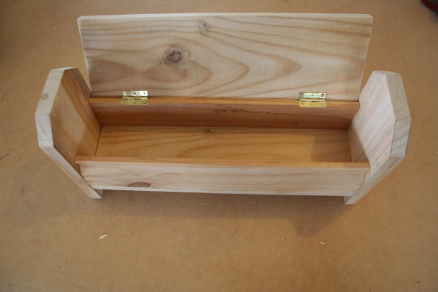 1j-box-finished-with-lid-up