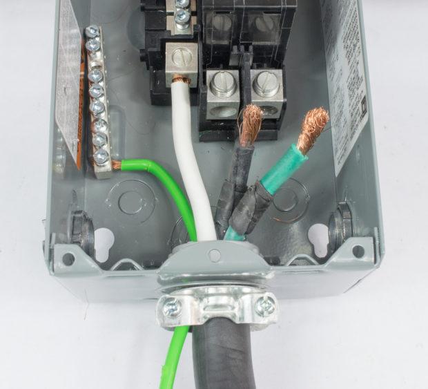 Figure 14 – Cable entering breaker box