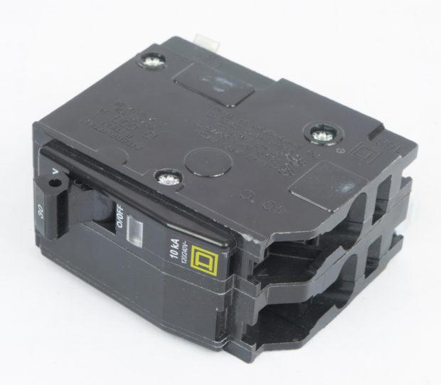 Figure 4 – 240V 30A dual circuit breaker