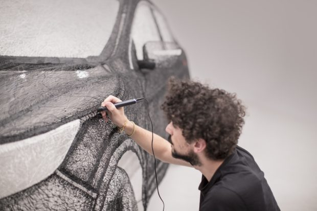 149152_nissan_creates_world_s_largest_3d_pen_sculpture_a_stunning_full_sized