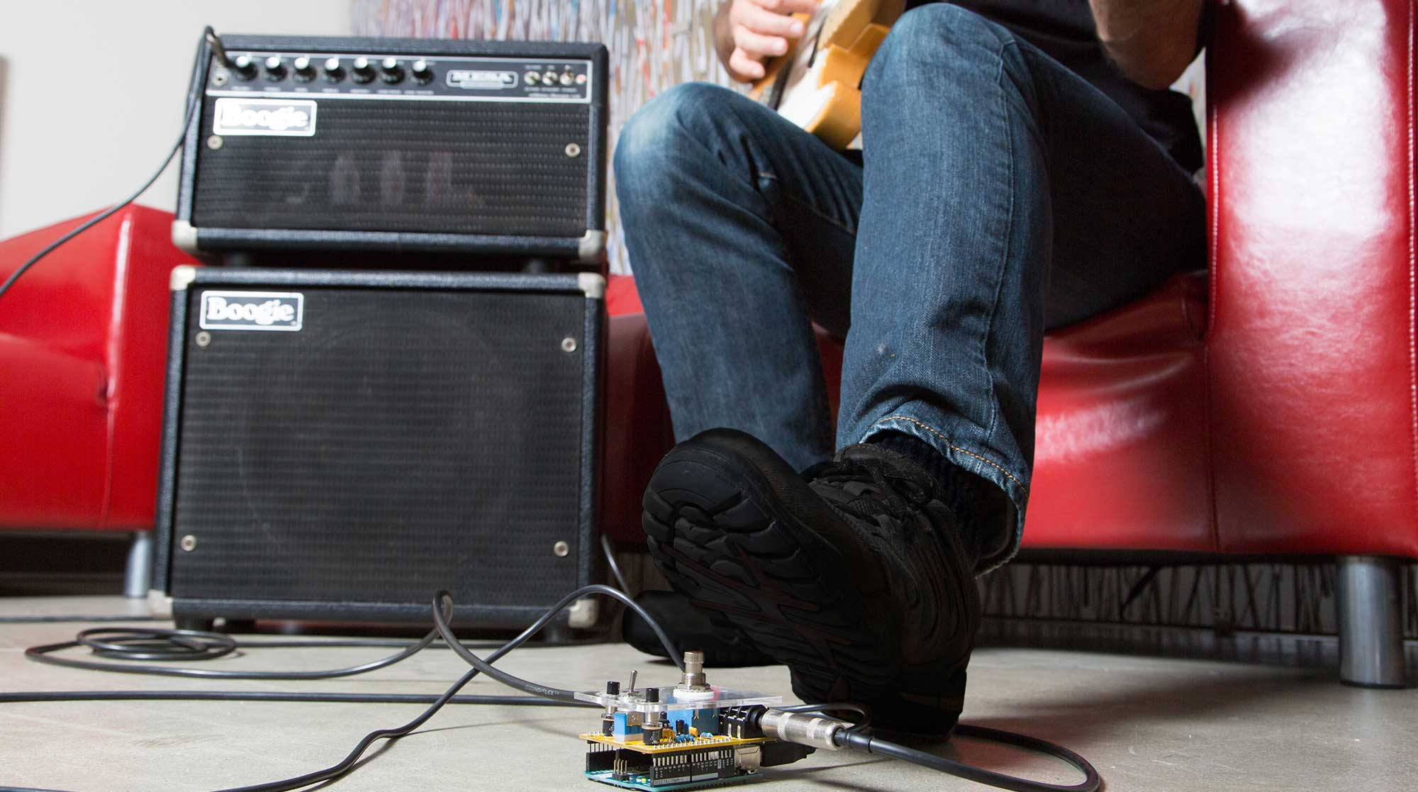 Build An Arduino Guitar Pedal Stompbox Make Making A Simple Diy Mini Amplifier Strat And Other