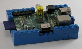 Raspberry pi and LEGO case - used to automate my house