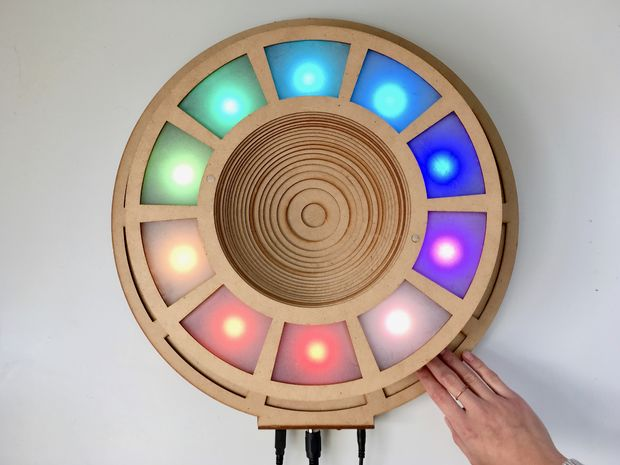 This Musical Instrument Glows with All the Colors of the Rainbow
