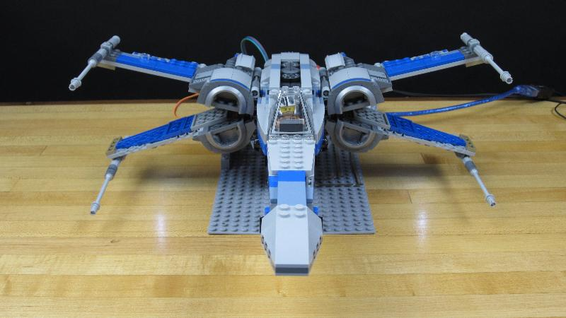 This Lego X-Wing Automatically Responds to Your Movements