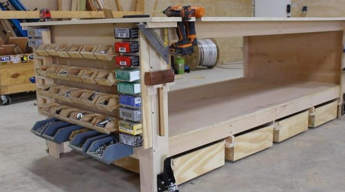 April's Ultimate Shop Workbench