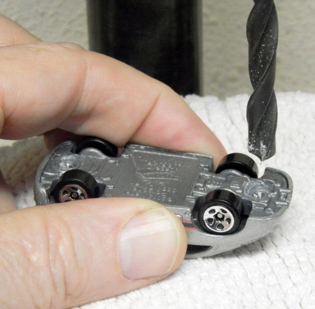 Hot Mods: Customizing Hot Wheels | Make: