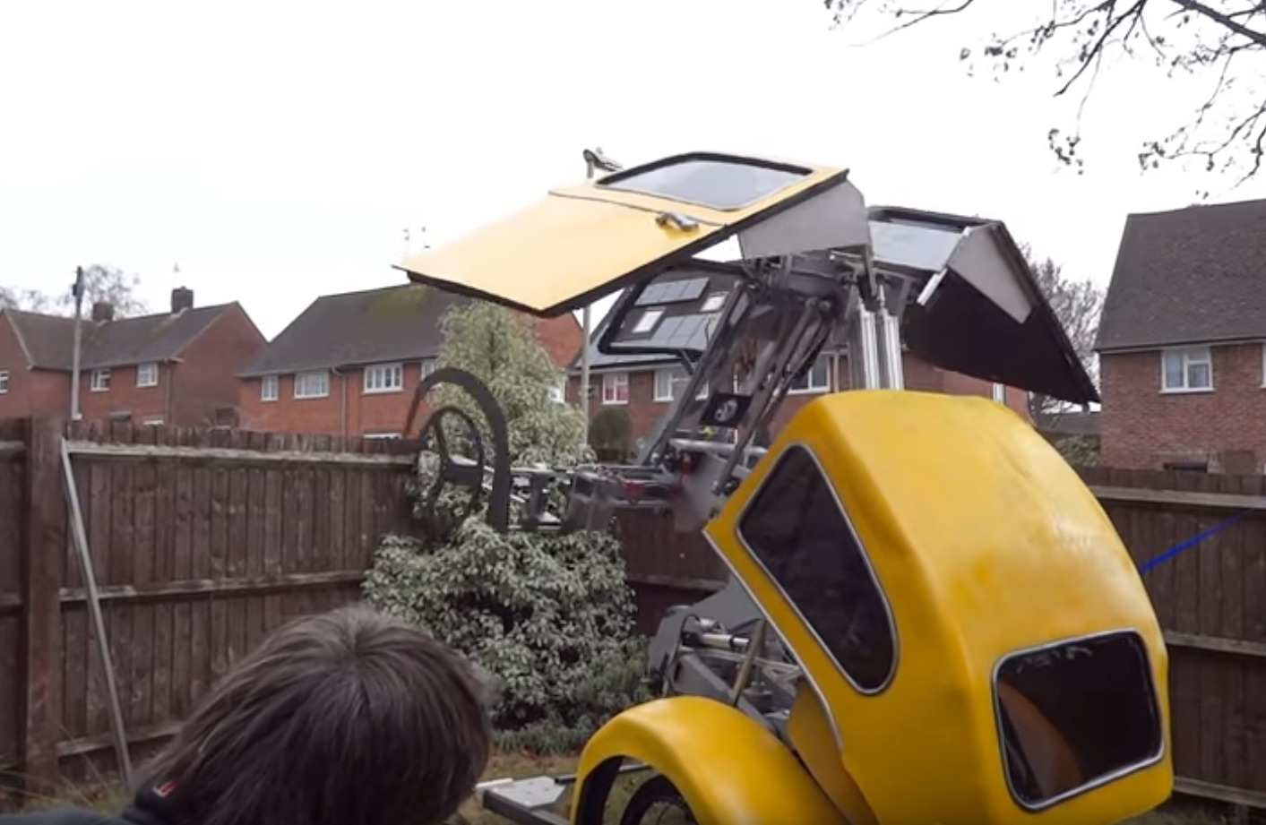 Fingers Crossed This Insane Real-Life Transformer Is Not A Hoax
