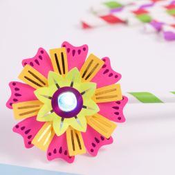 Flashy Flower - Natasha Dzurny