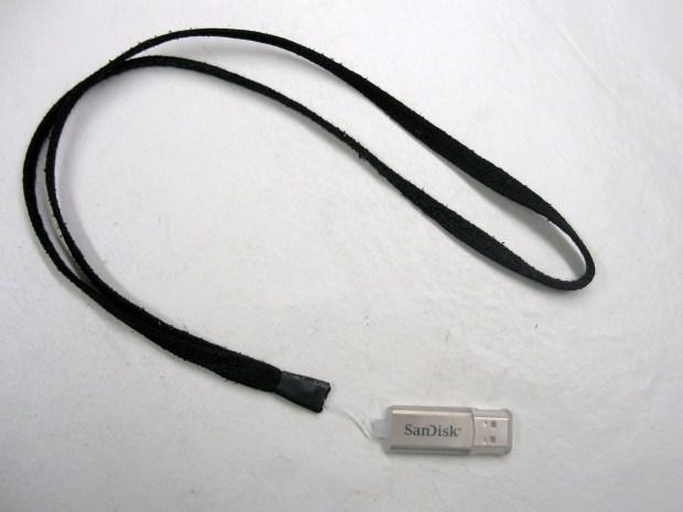 DIY Lanyard for USB Flash Drives