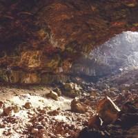 タイ洞窟で少年ら閉じ込められる