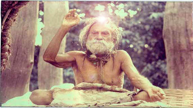 Devraha-Baba making india