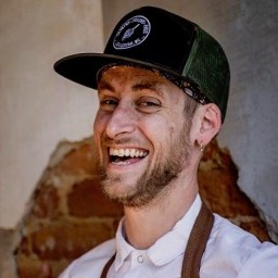006 – From Dishwasher to Chef de Cuisine with Derek Herre