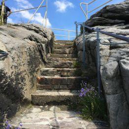 Burg Regenstein: Treppe zum Gipfel