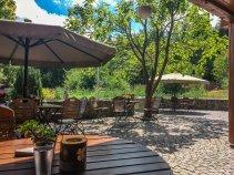Wunderschöner Biergarten am Ferienpark Merkelbach bei Friedrichsbrunn