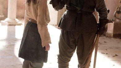 Arya Stark and Syrio Forel house stark 24506825 903 1199