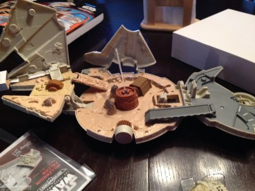 star wars the force awakens millennium falcon micromachines playset 080615 007