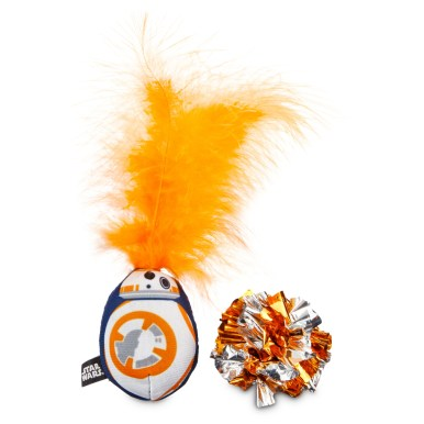 STAR WARS BB-8™ bobble and crackle ball cat toys 4.99 (Image 2)