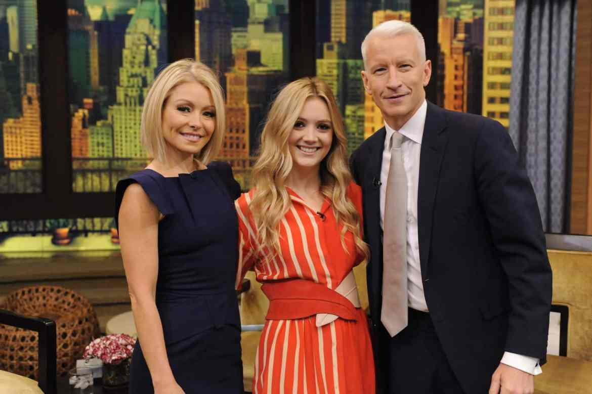 """Kelly Ripa and Anderson Cooper are pictured with Billie Lourd during the production of """"LIVE with Kelly and Michael"""" in New York on Monday December 7, 2015. Photo: Pawel Kaminski - Disney/ABC Home Entertainment and TV Distribution ©2015 Disney ABC. All Rights Reserved."""