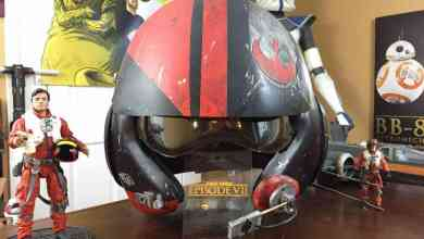 Photo of The Collectors Hutt reviews a replica Poe Dameron helmet!