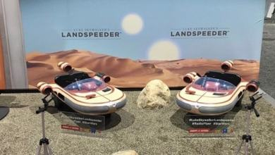 Photo of Radio Flyer and Star Wars team up for a kid-sized Luke Skywalker landspeeder!